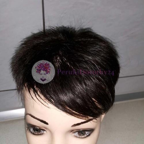 Peruki - włosy krótkie